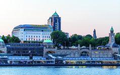 Hamburg_Hotel Hafen Hamburg_Außenaufnahme_4 © HotelHafenHamburg
