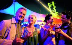 TUI Cruises_Mein Schiff 1_Feiern_CMYK (1)