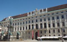 Wien Hofburg M-tours Live00009
