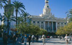 Cádiz-Plaza San Juan de Dios und Rathaus_© Instituto de Turismo de España, TURESPAÑA