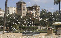 Sevilla. Plaza de América - Pabellón Mudéjar - Museo de Artes y
