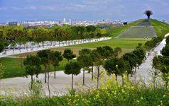 Madrid. Parque Lineal del Manzanares - Pradera y Atalaya Con la