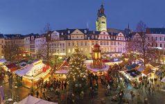 """Weihnachtsmarkt Koblenz in der historischen Altstadt """"Am Plan""""."""